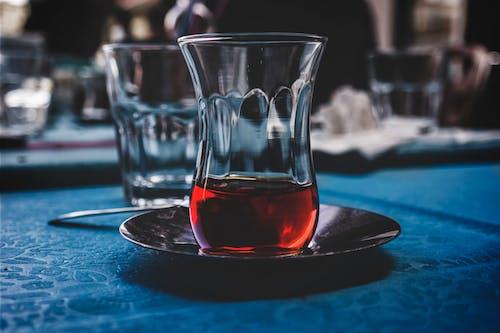 술을 마시다, 술잔, 음료의 무료 스톡 사진