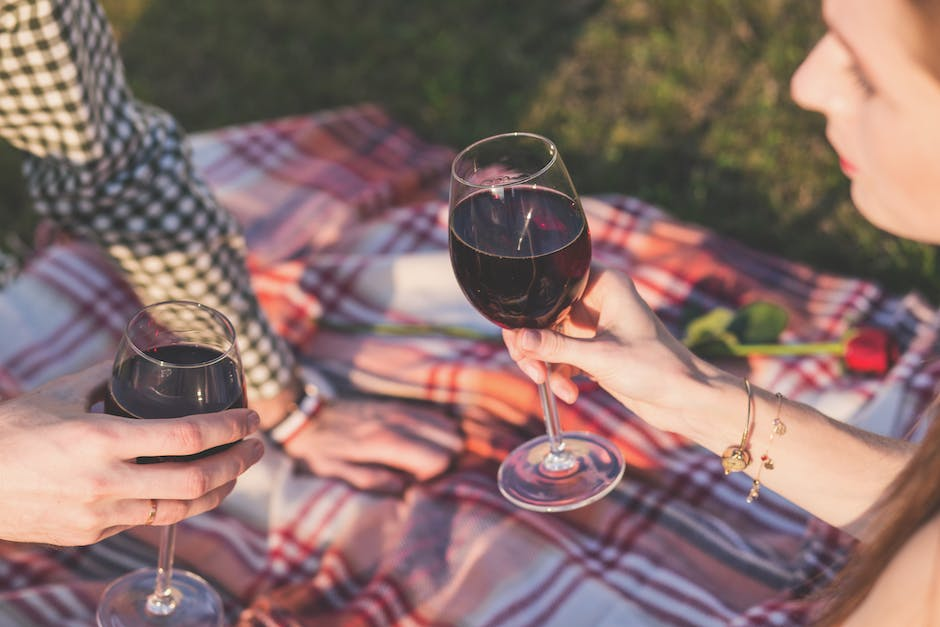first date ideas - picnic