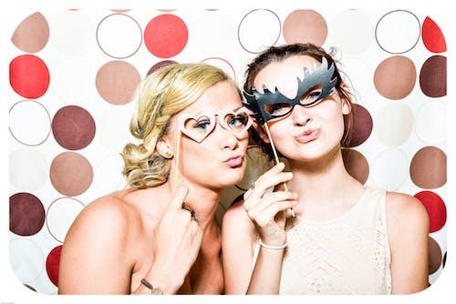 人, 光鮮亮麗, 化妆舞会面具, 可愛 的 免费素材照片