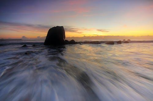 Základová fotografie zdarma na téma časosběr, kameny, moře, obloha