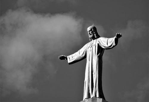 Fotobanka sbezplatnými fotkami na tému čierna a biela, čierny abiely, Ježiš, socha
