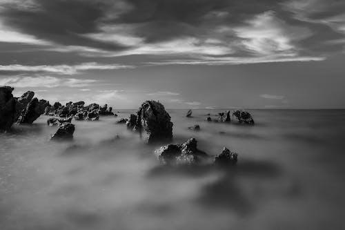 misst, 岩石, 怪異, 有霧 的 免費圖庫相片
