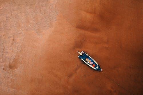 Fotobanka sbezplatnými fotkami na tému denné svetlo, dopravný systém, letecký záber, loď