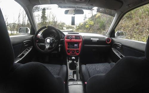 Gratis lagerfoto af bil, bilinteriør, interiør, land