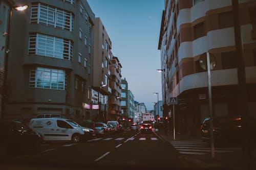 Imagine de stoc gratuită din autoturisme, canar, centrul orașului, clădiri