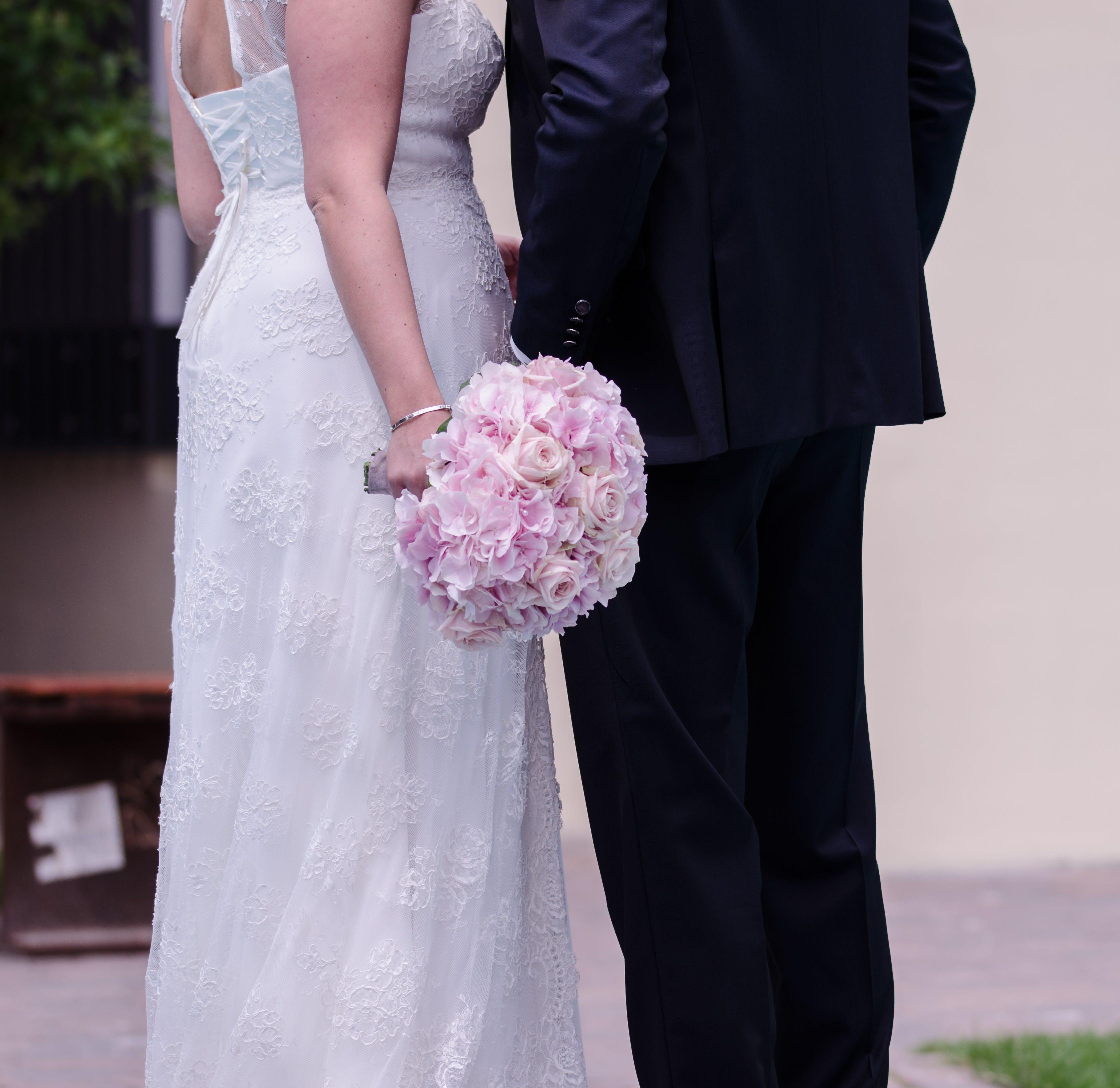 Δωρεάν στοκ φωτογραφιών με αγάπη, άνδρας, γαμήλια τελετή, γάμος