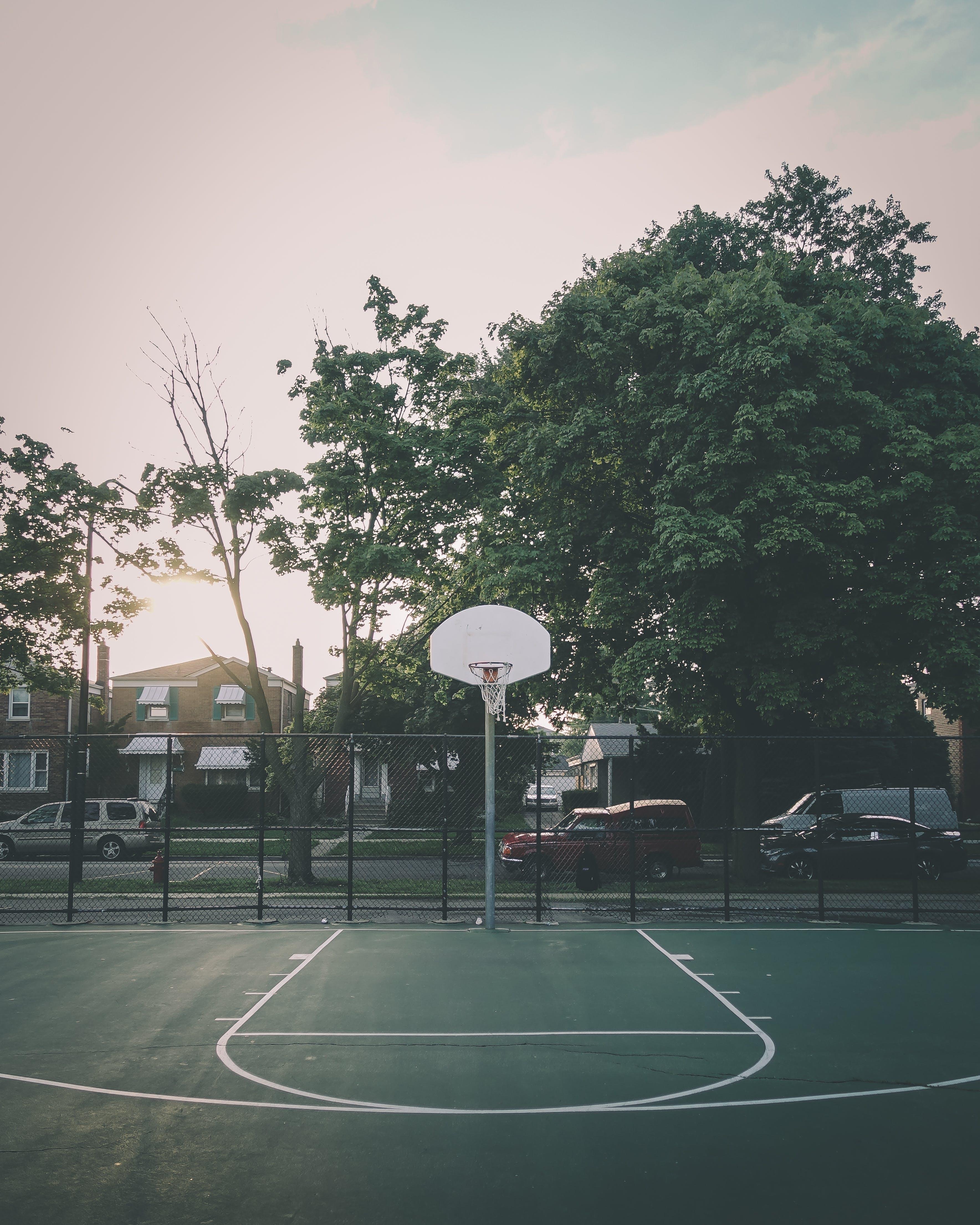 Безкоштовне стокове фото на тему «баскетбольний майданчик, корт»
