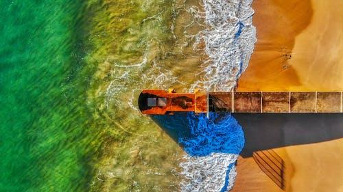 Foto profissional grátis de aerofotografia, beira-mar, de cima, litoral