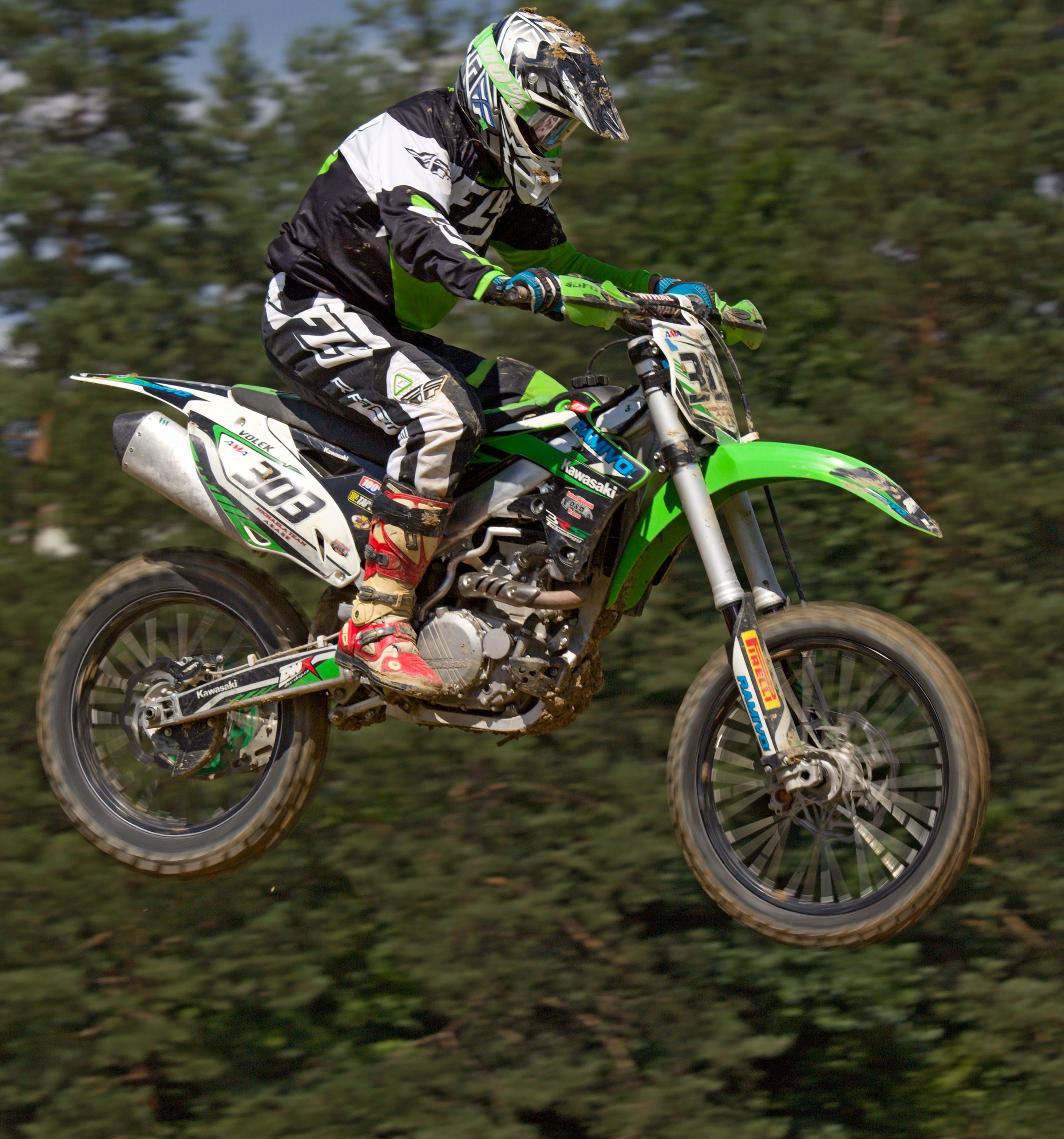 Gratis lagerfoto af hjelm, konkurrence, motocross, motorcykel