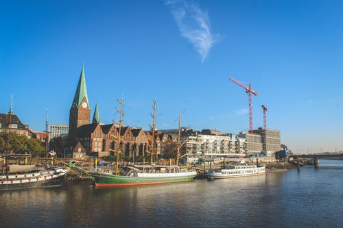 Kostenloses Stock Foto zu big city, blue sky, church, craftsmanship