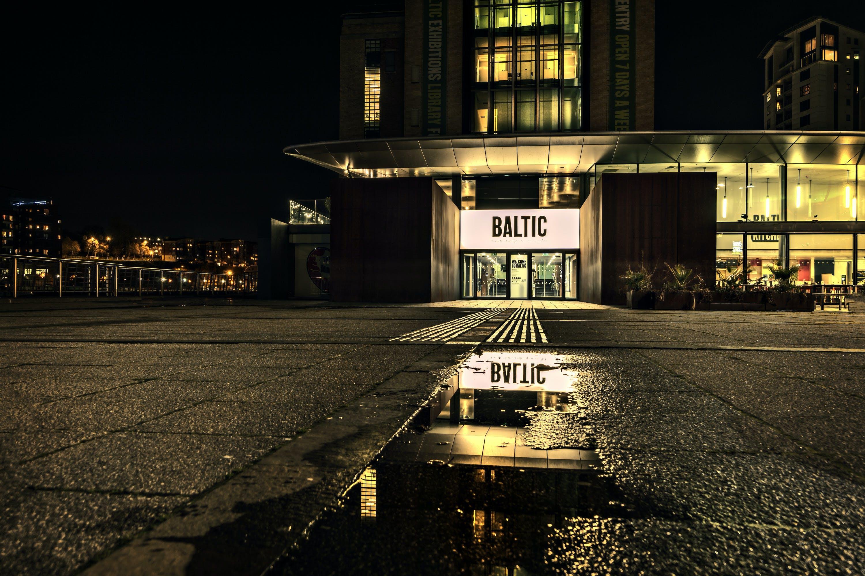 Kostenloses Stock Foto zu abend, architektur, baltisch, beleuchtet
