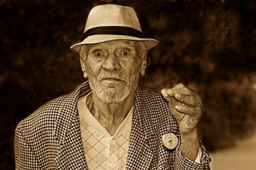 Gratis stockfoto met iemand, kerel, ouderen, portret