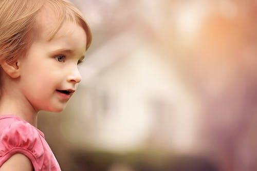 Foto stok gratis anak, bagus, belum tua, berbayang