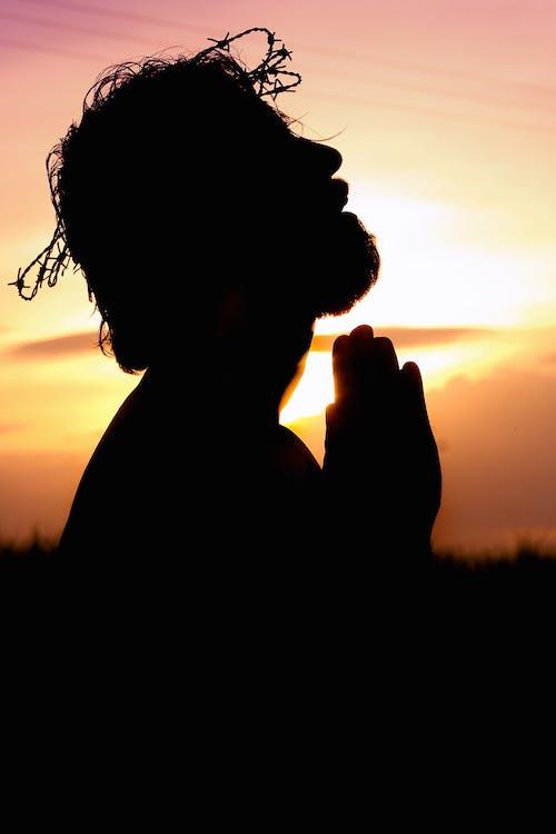 Gratis arkivbilde med bakbelysning, bakgrunn, be, bønn