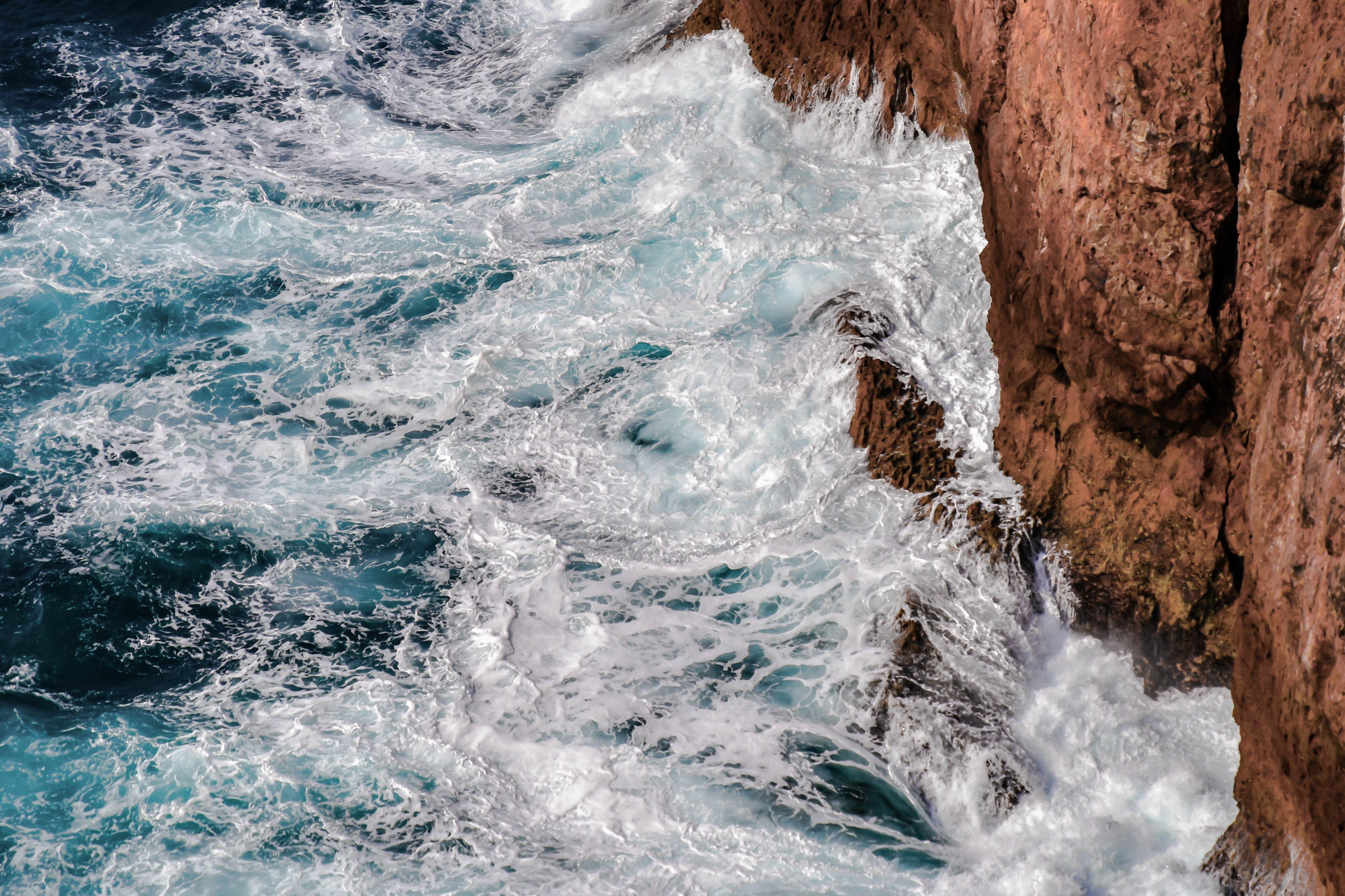 Δωρεάν στοκ φωτογραφιών με sagres, ακτή, αφρός της θάλασσας, βουτιά