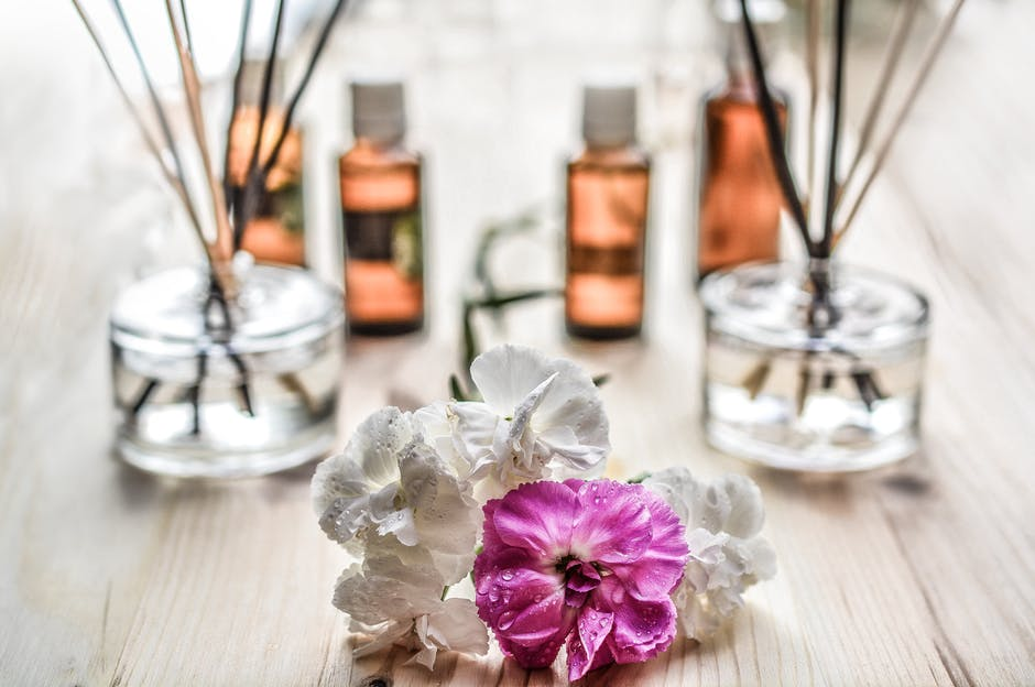 25 Easy Ways To Make Your Home Smell Good