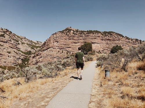 Ilmainen kuvapankkikuva tunnisteilla aavikko, henkilö, kanjoni, kävely
