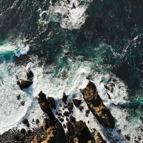 コールド, ドローン撮影, ハイアングルショット, ビーチの無料の写真素材