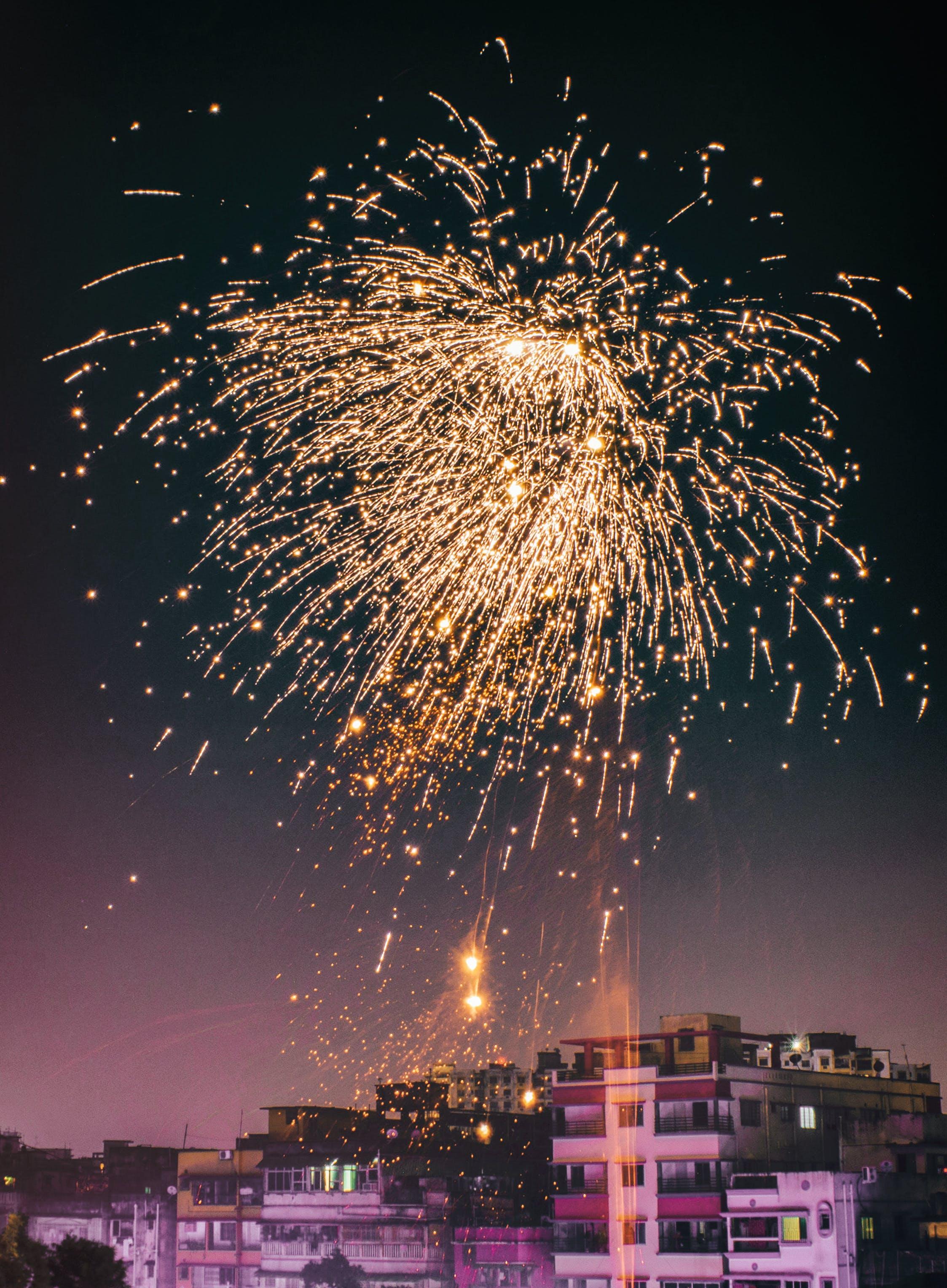 Kostenloses Stock Foto zu abend, explosion, feier, festival