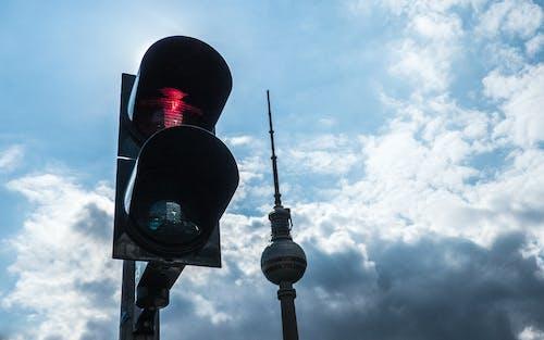 Základová fotografie zdarma na téma ampelmann, Berlín, tv věž