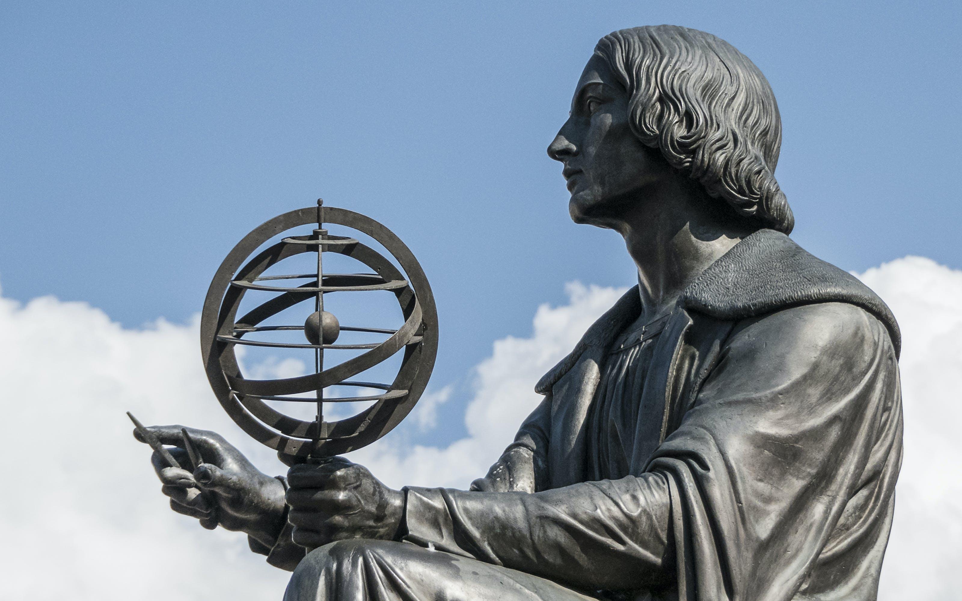 Kostenloses Stock Foto zu globus, kopernikus, statue