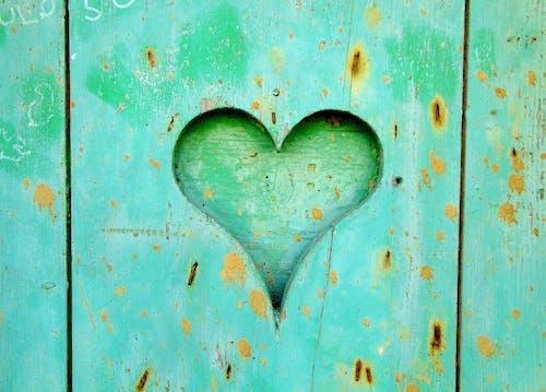 Základová fotografie zdarma na téma dřevěný, dřevo, láska, srdce