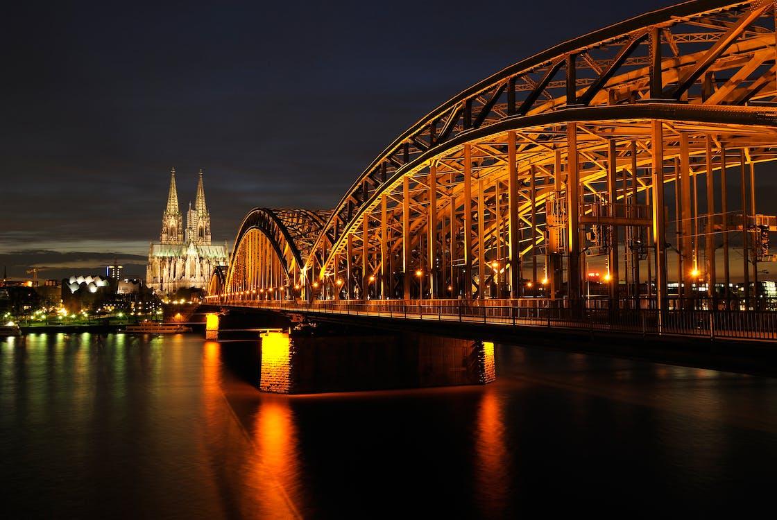 Almanya, gece, görülecek yer