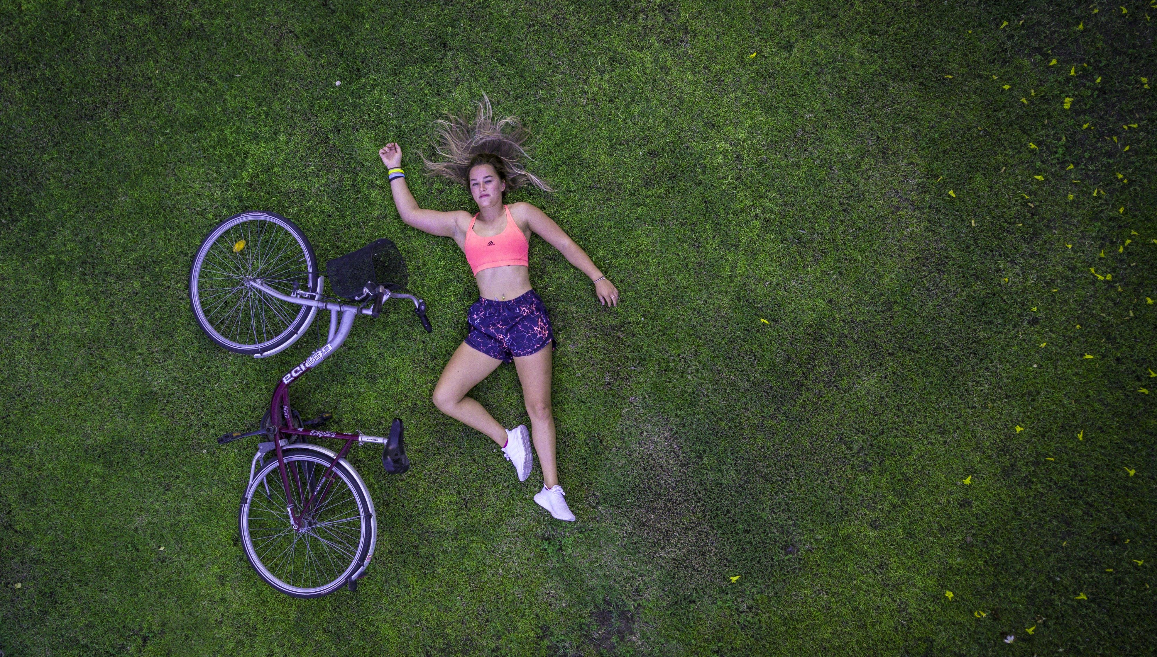Бесплатное стоковое фото с активный отдых, байкер, велосипед, велосипедист