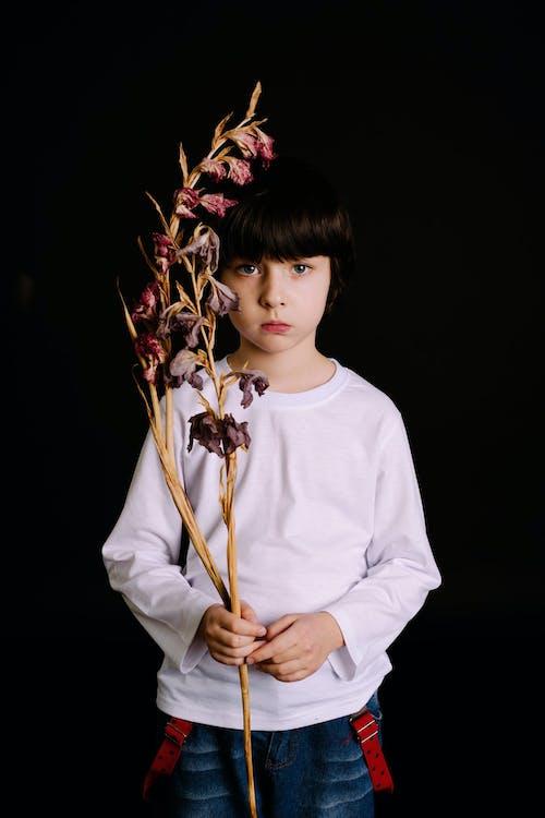 Безкоштовне стокове фото на тему «квіти, милий, мода, модель»