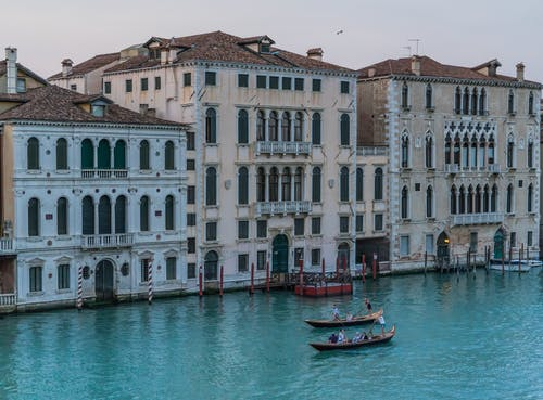 Kostnadsfri bild av arkitektur, båtar, byggnader, gondoler