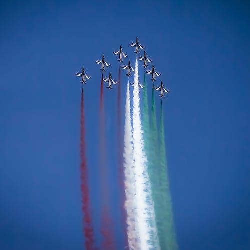 Безкоштовне стокове фото на тему «frecce, Італія, Авіація, авіашоу»