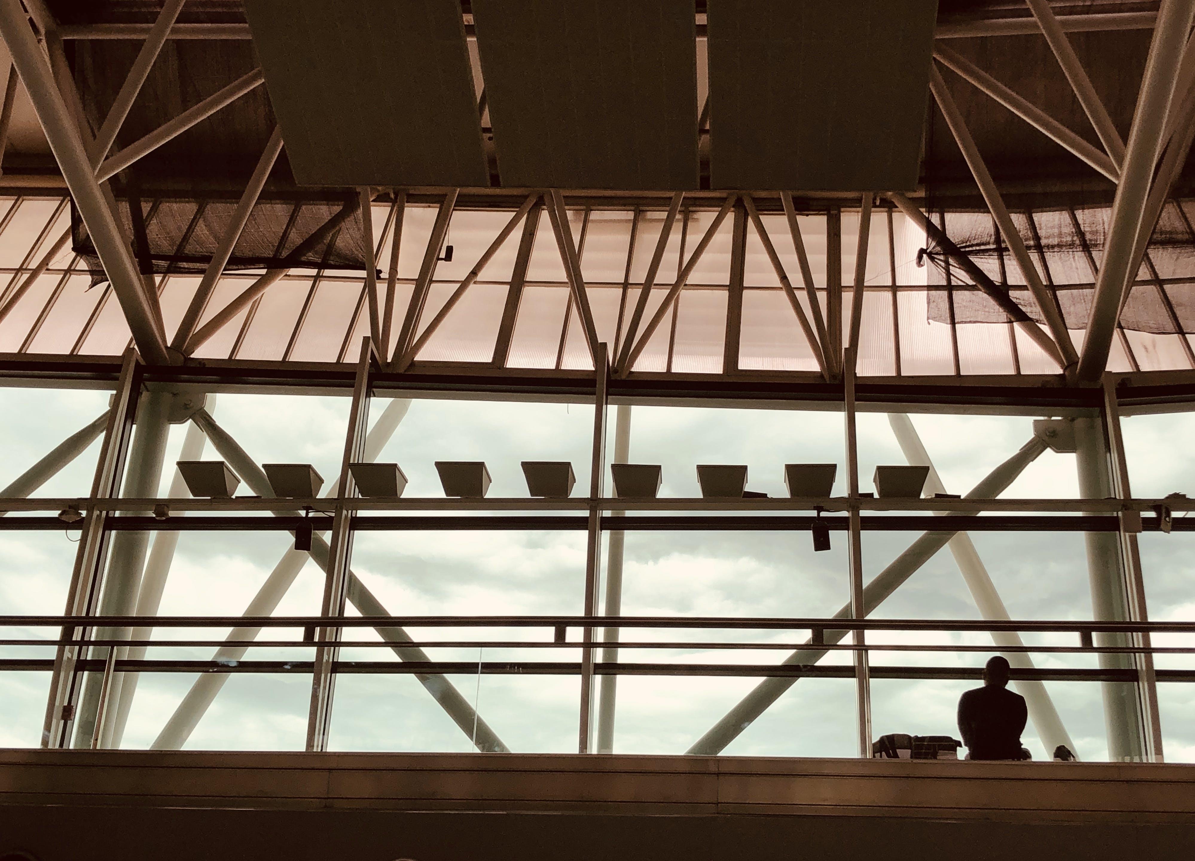 Gratis lagerfoto af arkitektur, byggeri, bygning, glas