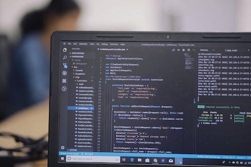 Безкоштовне стокове фото на тему «код, кодер, ноутбук, програміст»