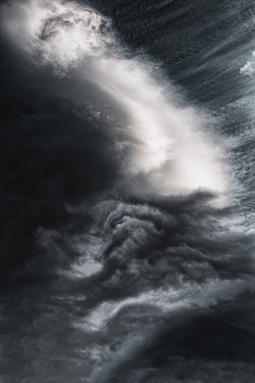 Ingyenes stockfotó ég, fekete-fehér, felhők, felhős témában