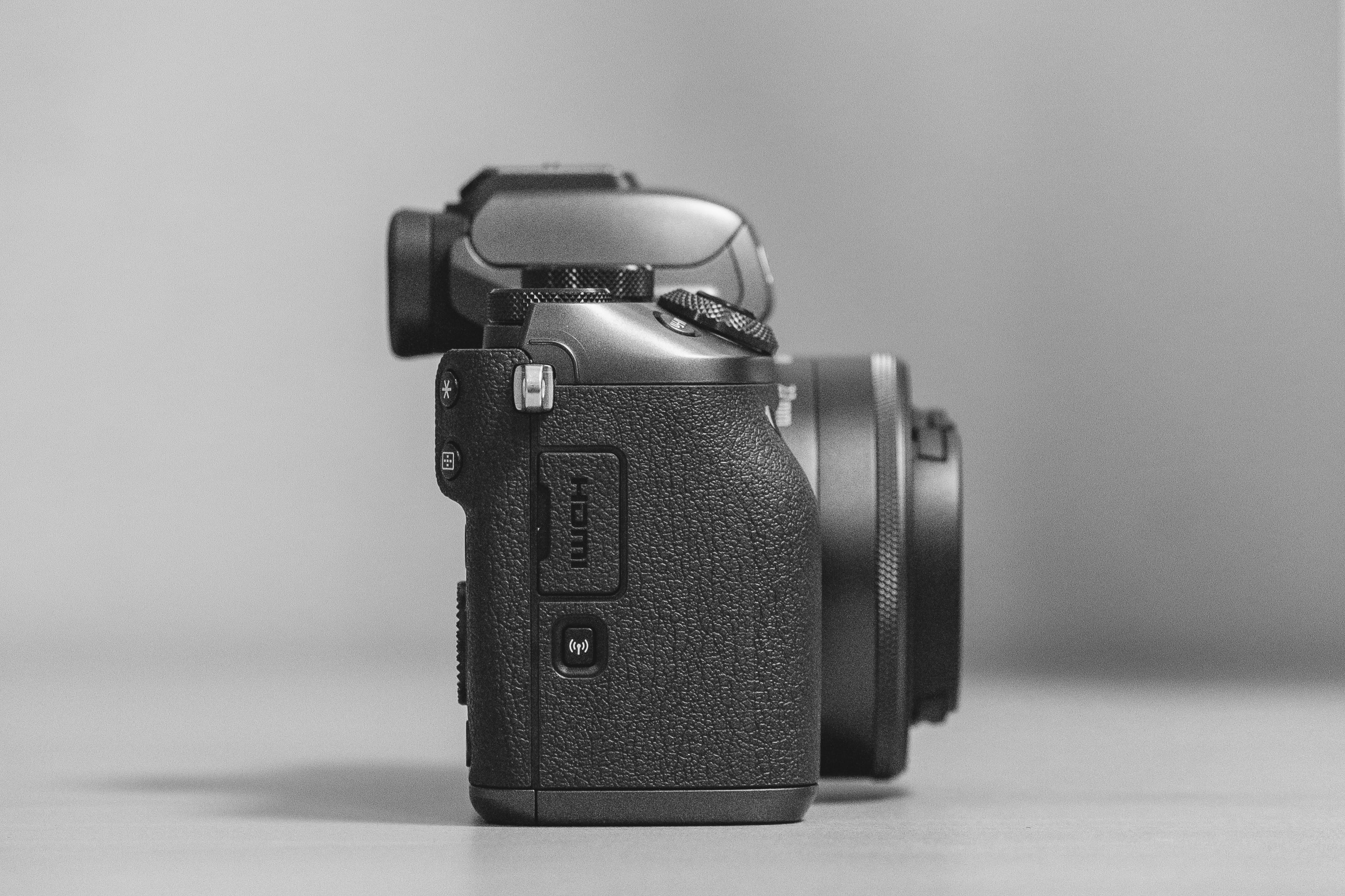 Side-view Close-up Photo of Dslr Camera