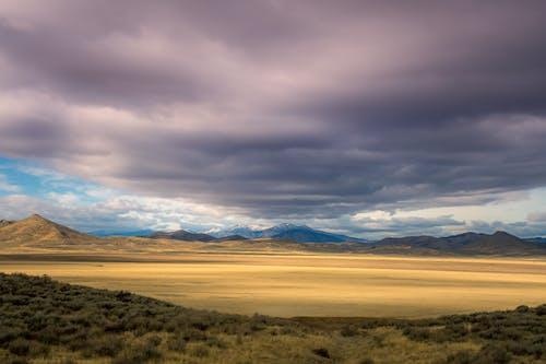 Foto stok gratis alam, awan, gersang, gunung