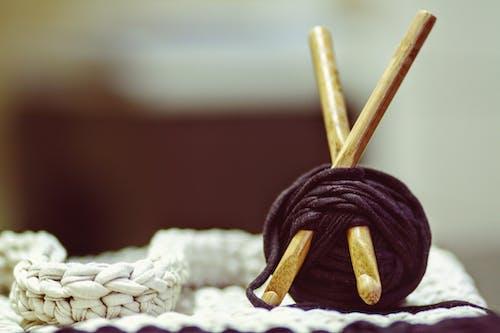 Бесплатное стоковое фото с вязание, вязание крючком, деревенский, канва