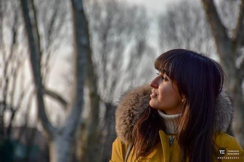 ragazza, 갈색 머리, 개 공원, 공원의 무료 스톡 사진