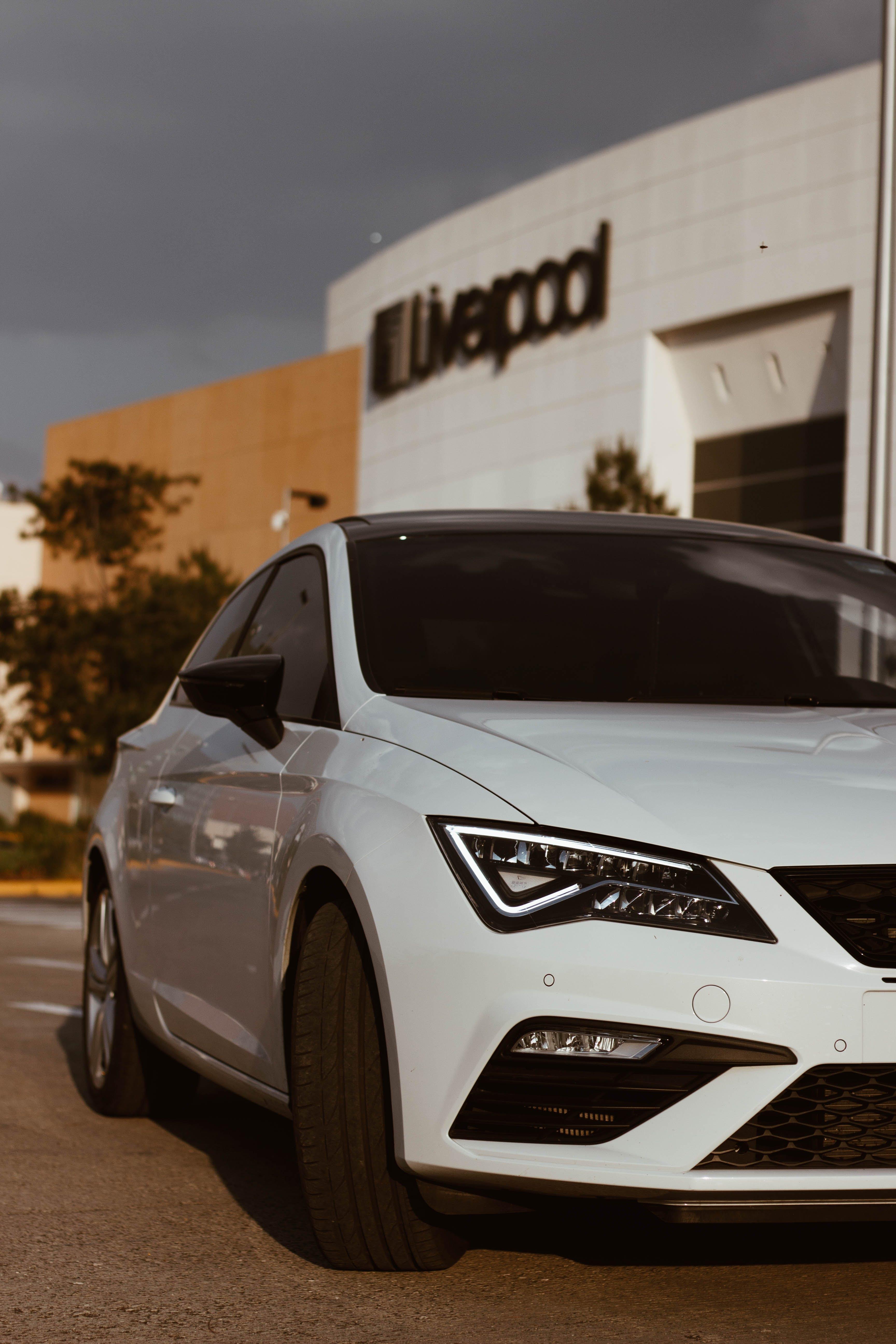Kostenloses Stock Foto zu auto, auto model, auto wallpaper, autoscheinwerfer
