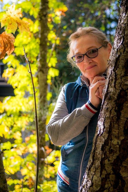 Darmowe zdjęcie z galerii z czas wolny, drewno, drzewo, jesień