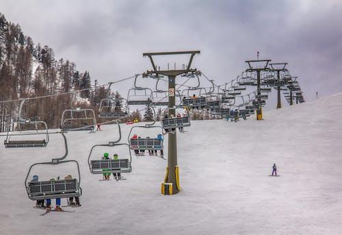 Foto stok gratis alam, lift ski, main ski, musim dingin