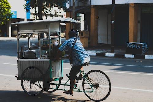 Безкоштовне стокове фото на тему «азіатський чоловік, архітектура, будівлі, Вулиця»