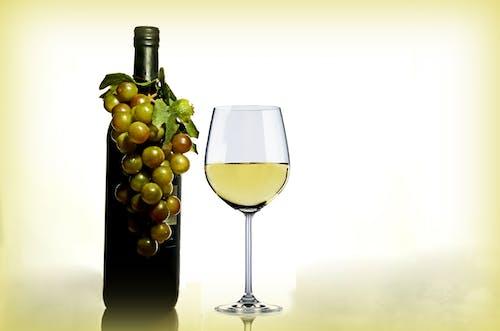 Základová fotografie zdarma na téma hrozny, láhev, láhev na víno, pití