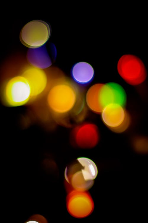 Δωρεάν στοκ φωτογραφιών με swirly bokeh, Χριστουγεννιάτικα λαμπάκια