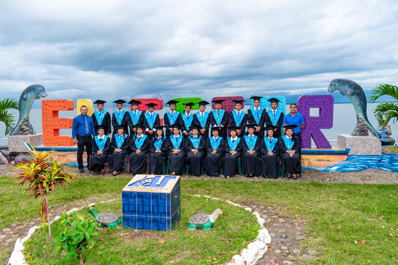 Graduates Class Photo