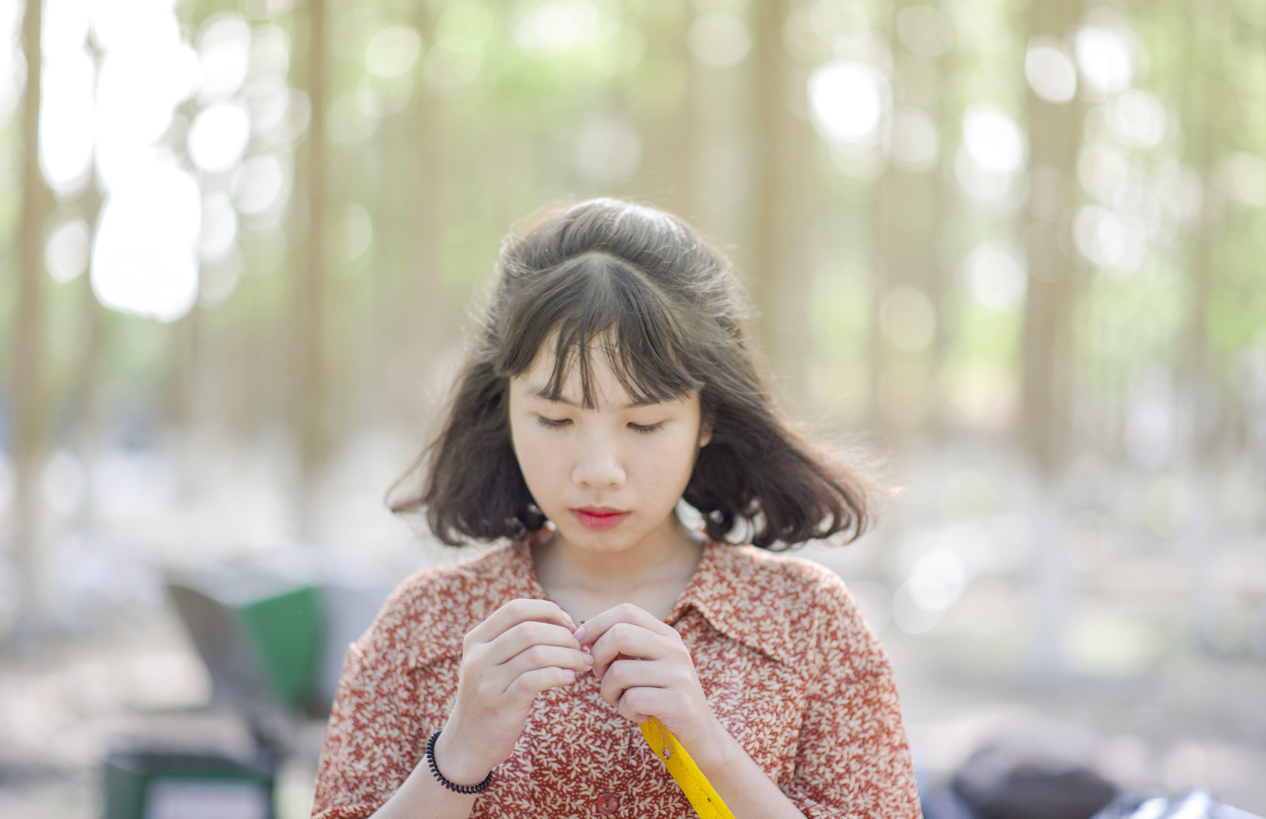 Foto d'estoc gratuïta de asiàtica, bonic, cabell, desgast