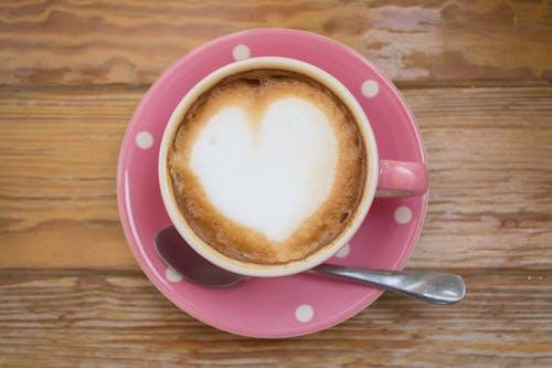 Fincan, fincan tabağı, içecek, içki içeren Ücretsiz stok fotoğraf