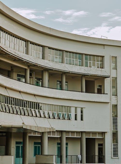 คลังภาพถ่ายฟรี ของ กลางวัน, การออกแบบสถาปัตยกรรม, คอลัมน์, ทรัพย์สมบัติ
