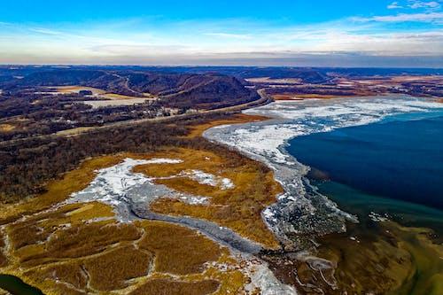 Бесплатное стоковое фото с Аэрофотосъемка, вид, вода, голубое небо