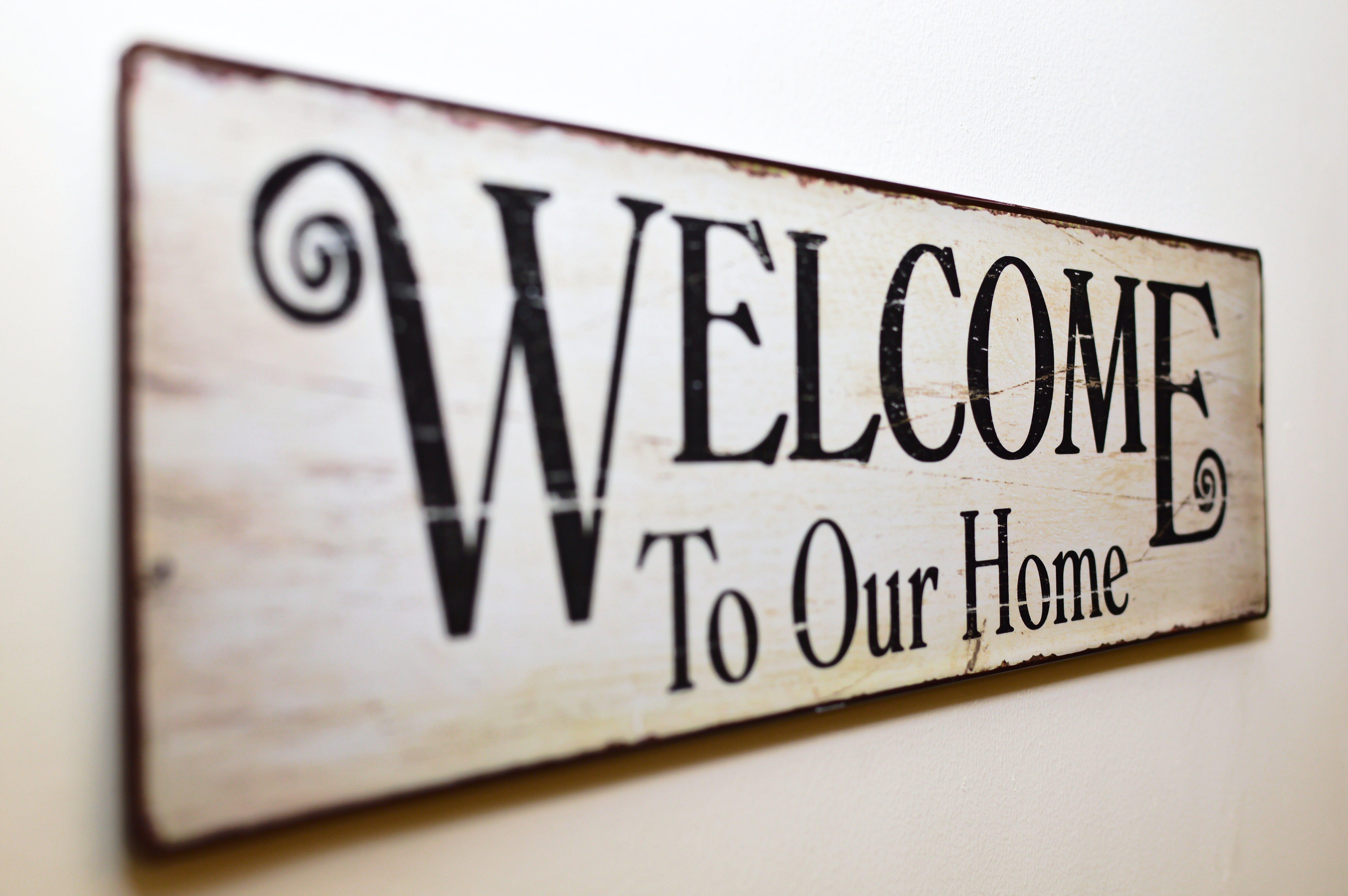 Foto profissional grátis de alerta, bem vindo a nossa casa, bem-vindo, decoração de parede